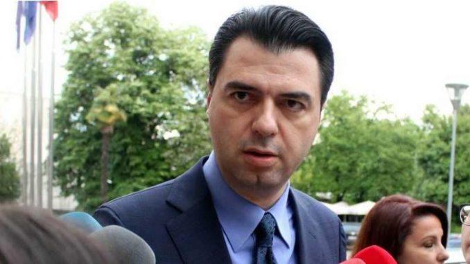 Баша обвини дека властите ја кријат реалната состојба со Ковид-19 во Албанија