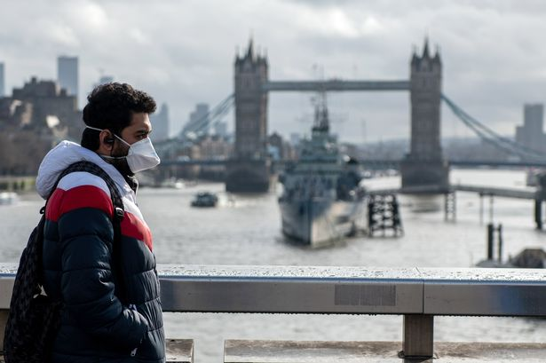 Градоначалникот на Лондон бара маските за лице да бидат задолжителни