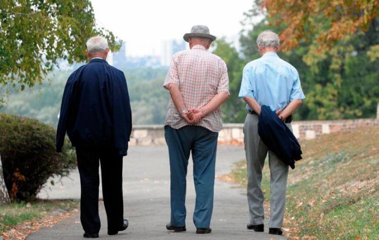 Населението во Македонија старее: Лани повеќе починати отколку родени