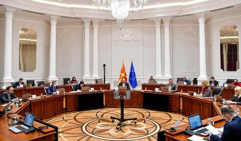 Владата го задолжи МВР да утврди одговорност за литијата во Струга и за прославата на Денот на полицијата