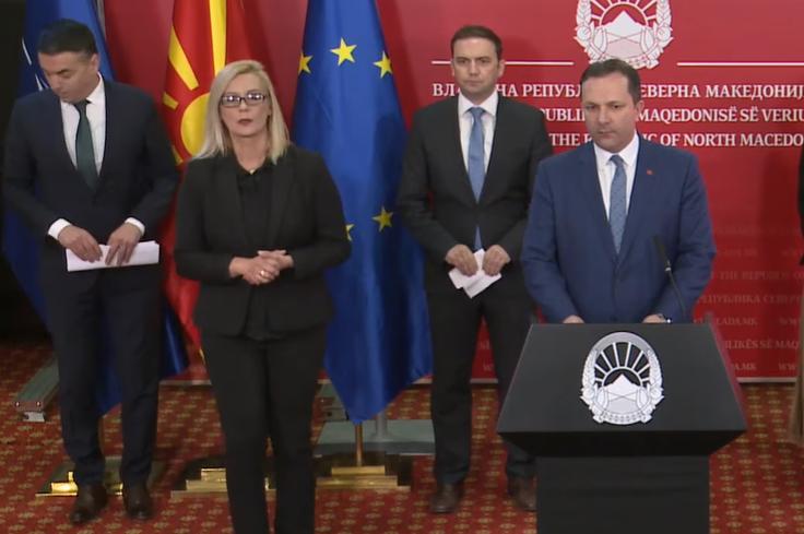 (ВО ЖИВО) Обраќање на Спасовски, Димитров и Османи за одлуките на ЕУ во однос на заклучоците за Македонија и Албанија