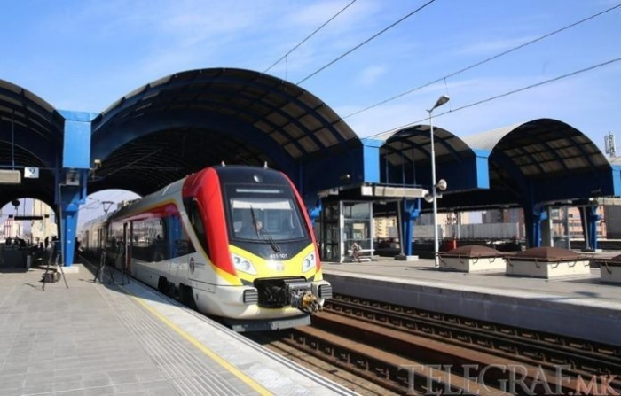 Патничките возови нема да сообраќаат за време на викендот