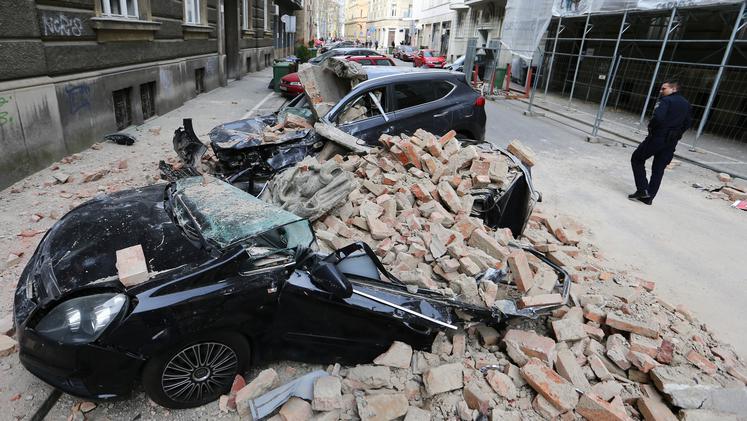Девојчето кое беше тешко повредено во земјотресот во Загреб денеска им подлегна на повредите