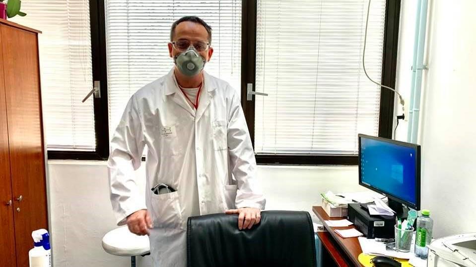 Д-р Николов: Во Македонија расте бројот на заразени, а секаде во регионот опаѓа