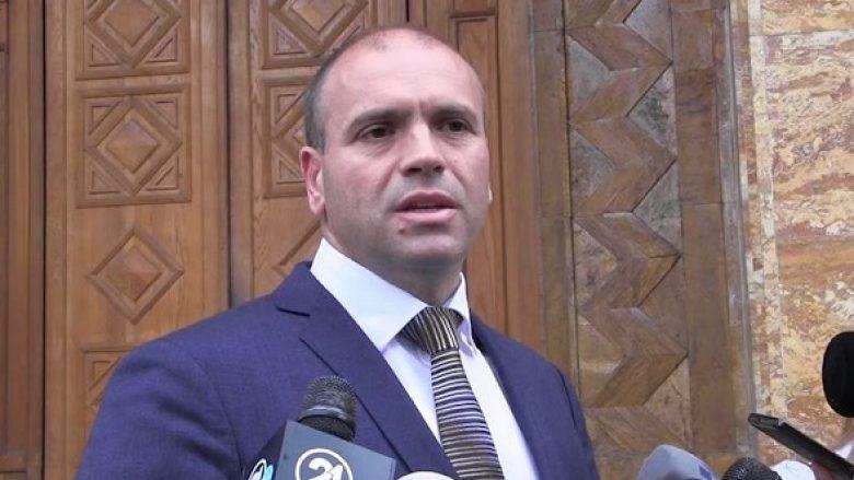 Отфрлена кривичната пријава против кумановскиот градоначалник за непочитување на мерките за заштита