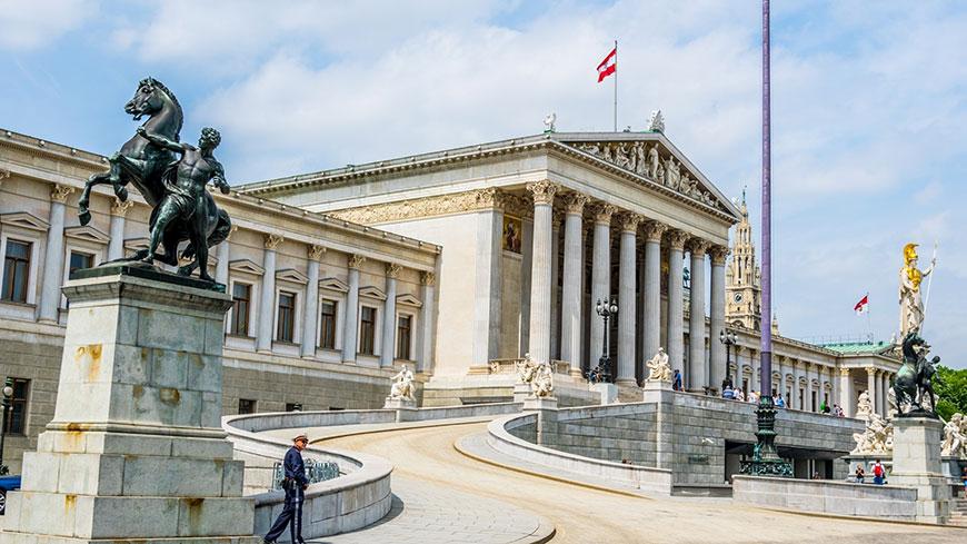 Во Австрија повратниците од Балканот ќе добијат посебна контрола