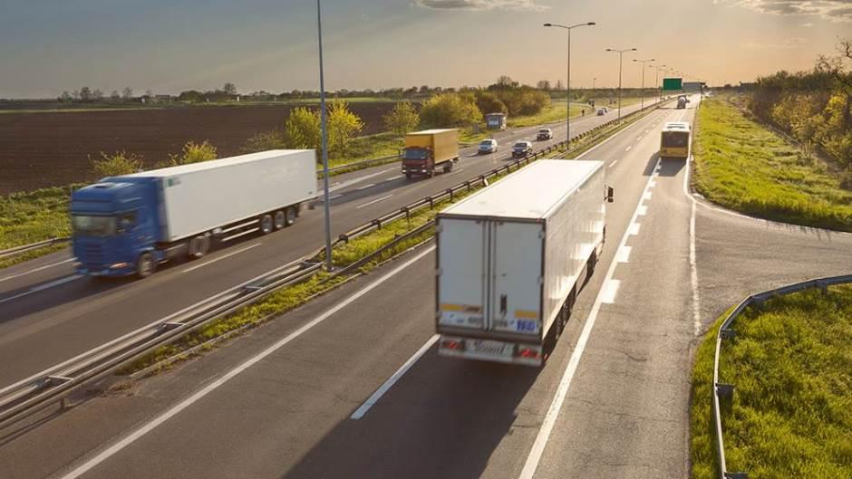 """Преку """"зелени коридори"""" побрз транспорт на прехранбените стоки и медицински производи"""