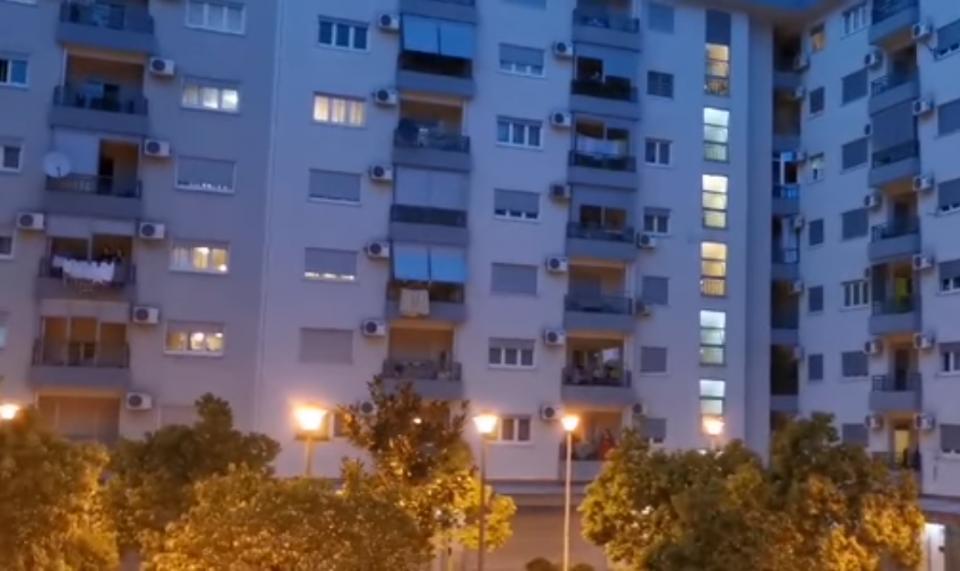 (ВИДЕО) За време на изолацијата Подгорица ечи во еден глас: Македонско девојче, китка шарена