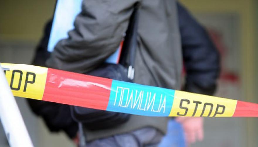 Трактор удри во патнички воз кај Штип