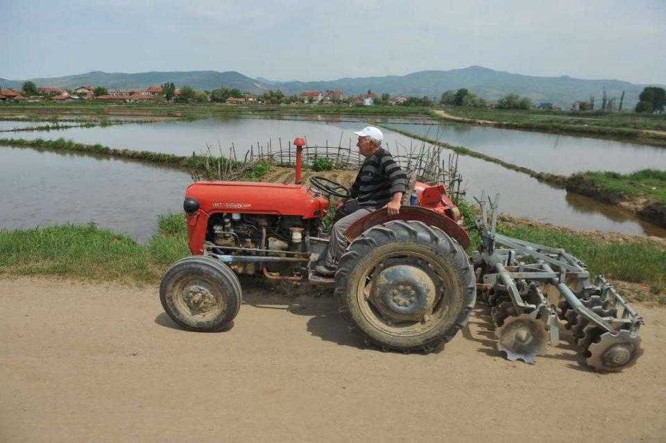 Возачите да внимаваат на тракторите и други мобилни машини, апелира РСБСП