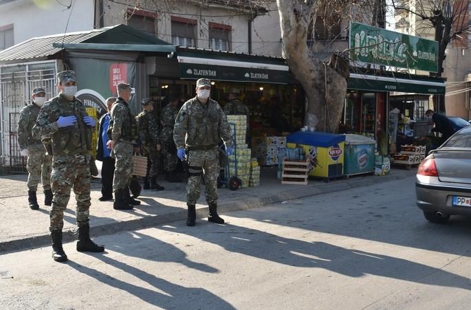 Припадници на АРМ ќе помагаат во одржувањето на редот во Скопје и другите градови