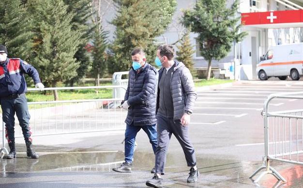 Албанија повторно го зголеми времетраењето на полицискиот час
