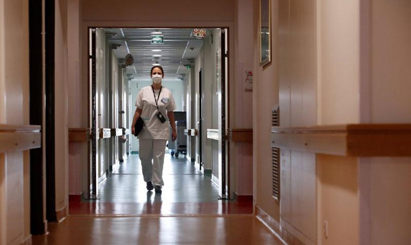Пациент нападнал вработена на Клиника на нејзиното работно место
