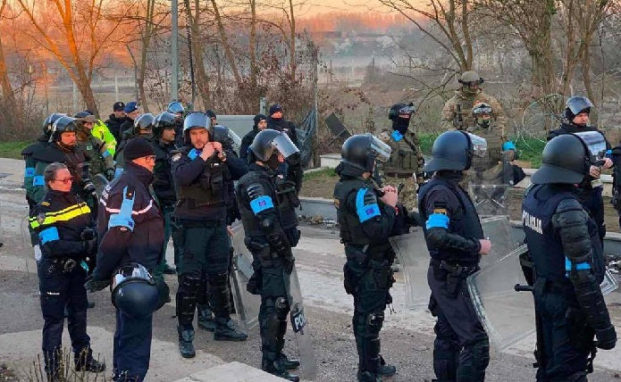 Надзорно тело на ЕУ покрена истрага против Фронтекс поради малтретирање на мигранти