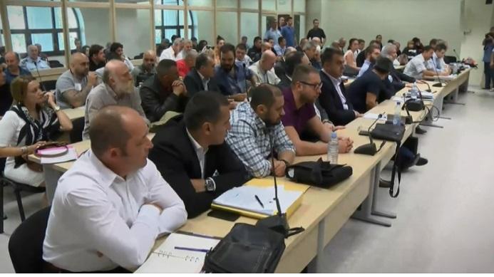 Изземање на судиите бараат адвокатите на осудените за 27 април