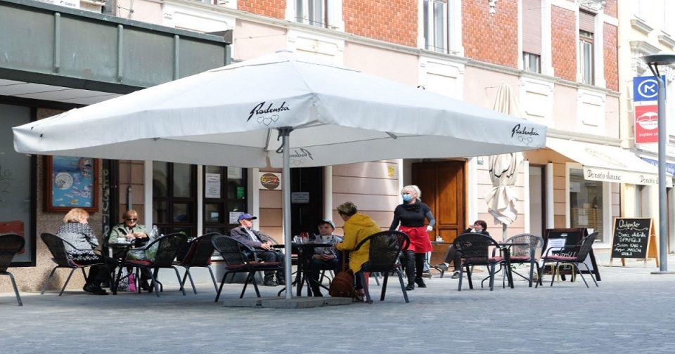 Словенија го отвора сите продавници, театрите и помалите хотели