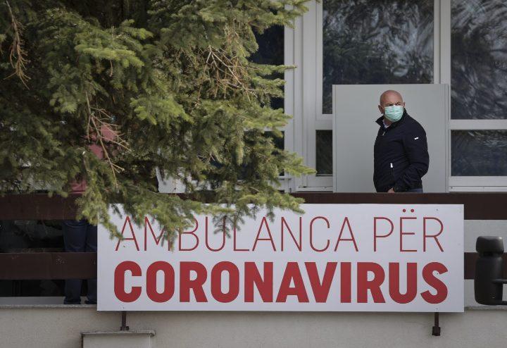 Во Косово девет починати и 704 заболениод Ковид-19 изминатите 24 часа