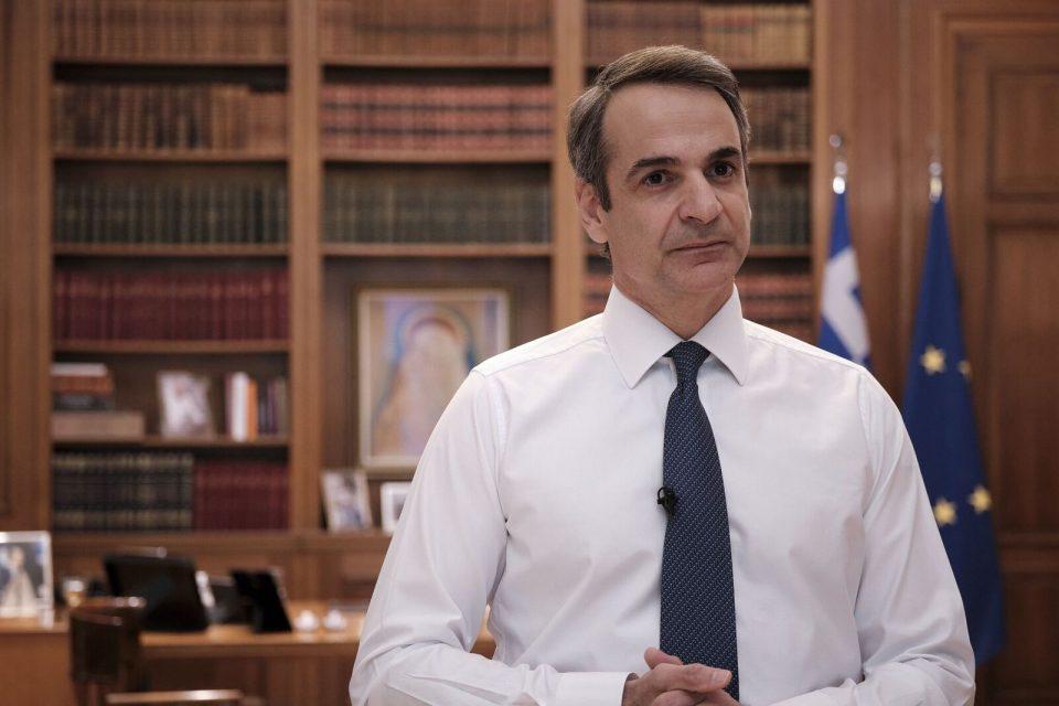 Мицотакис најави продолжување на карантинот во Атина