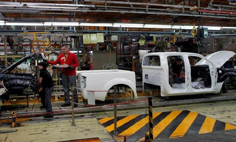 """""""Нисан"""" ја затвора фабриката во Барселона: Загубата се проценува на околу милијарда евра"""