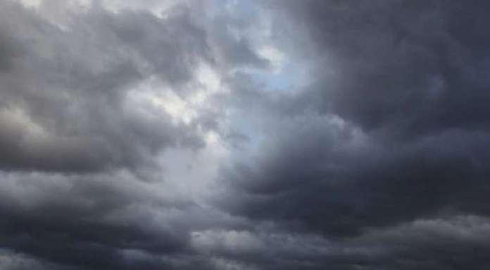 Облачно со дожд и ветер