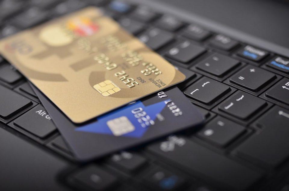 Платежните картички и средствата граѓаните ќе ги добијат во периодот јуни-јули