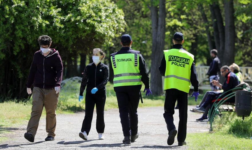 За 24 часа 385 казни за неносење маски