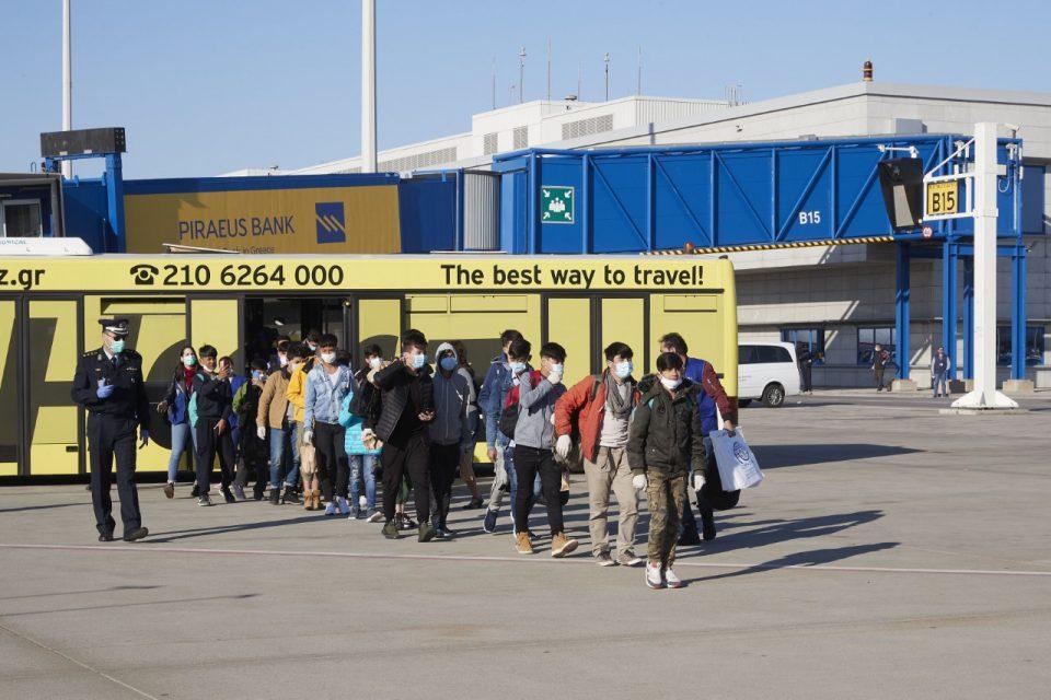 Од Грција во Португалија заминуваат 500 деца бегалци без придружба