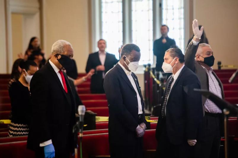 Казни за црквите во Чикаго коишто не ги почитуваат пропишаните мерки за дистанца