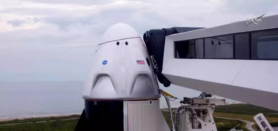 """Лошото време го одложи лансирањето на ракетата на """"СпејсИкс"""""""