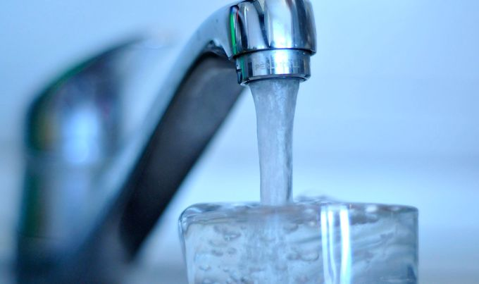 Водата за пиење во Скопје е исправна, уверуваат од Водовод
