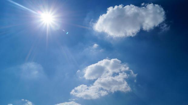 Утре натпросечно топло, во четврток заладување и врнежи од дожд