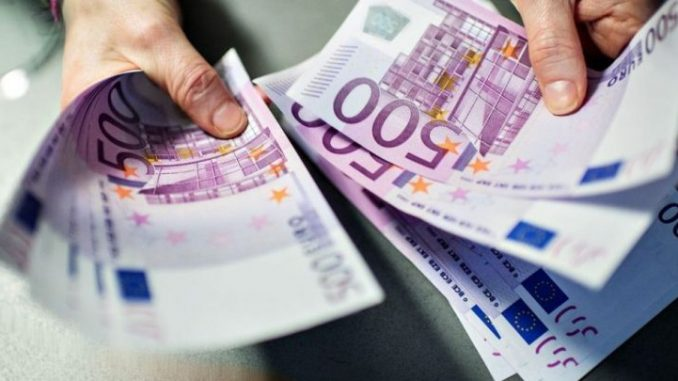 Има пари за плати, пензии и други трансфери  до крајот на годината