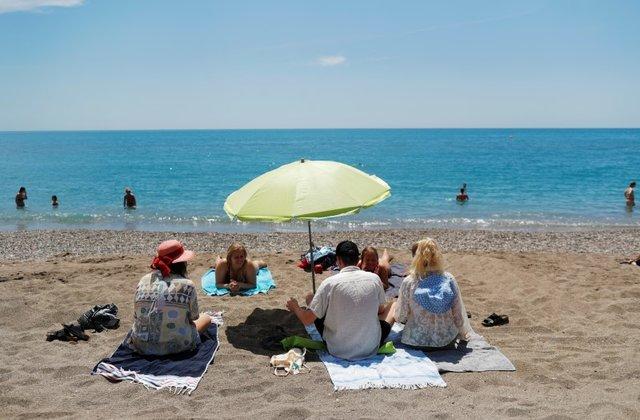 Шпанија повторно ќе се отвори за туризам на 1 јули