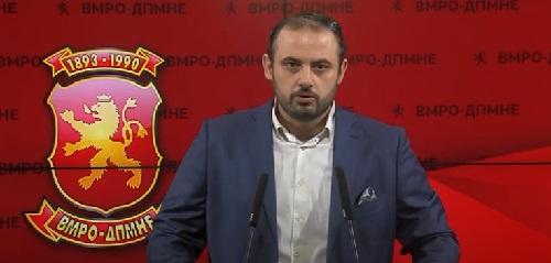 (ВИДЕО) Ѓорѓиевски: Заев му дава апанажа на Дончев, кој цела јавност го виде со снопчиња пари