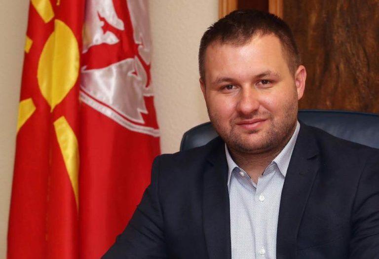 Богдановиќ застана зад Црвенковски во конфликтот со Заев