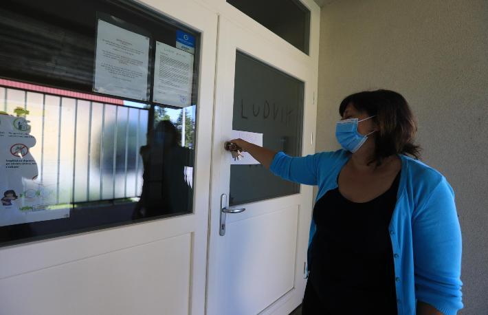 Еден ученик во Марибор позитивен на корона вирусот, цело одделение во карантин
