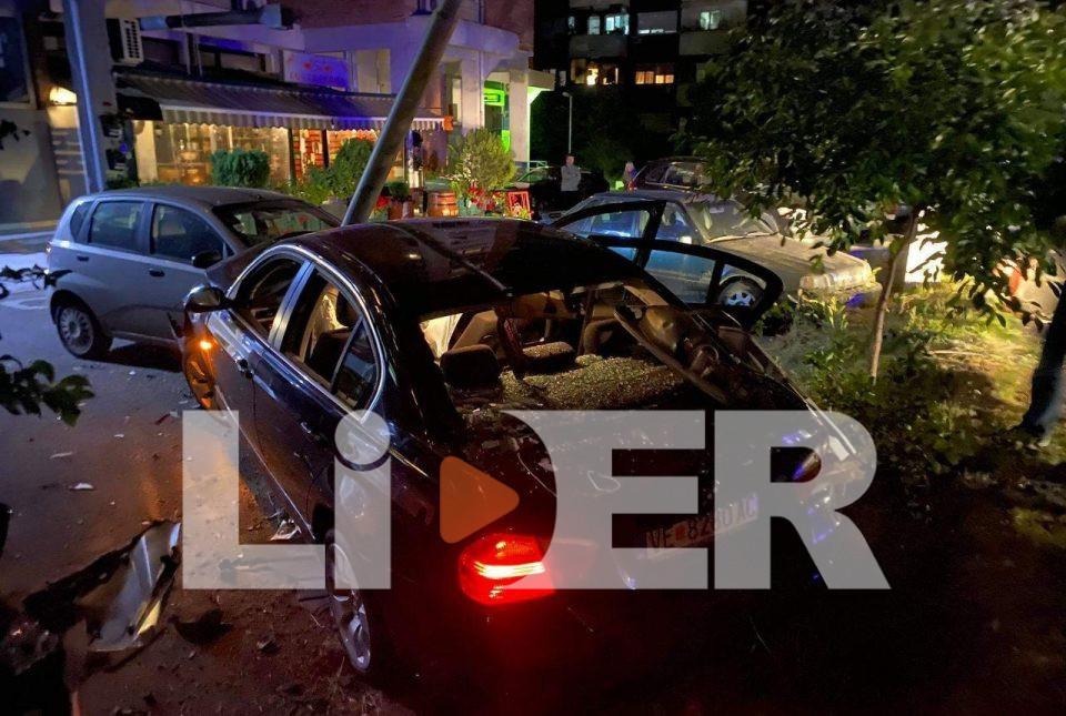 (ФОТО) Девојка предизвикала тешка сообраќајка во Центар