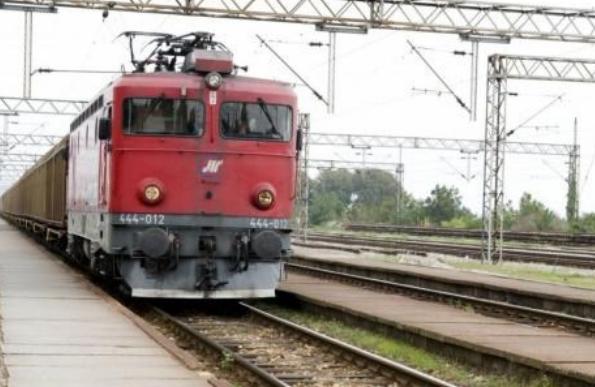 """Воз удрил во мигрант од Авганистан во близина на железничката станица """"Криволак"""""""