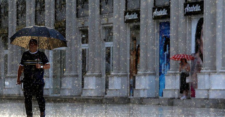 Попладне дестабилизација на времето, грмежи и дожд со можна појава на град
