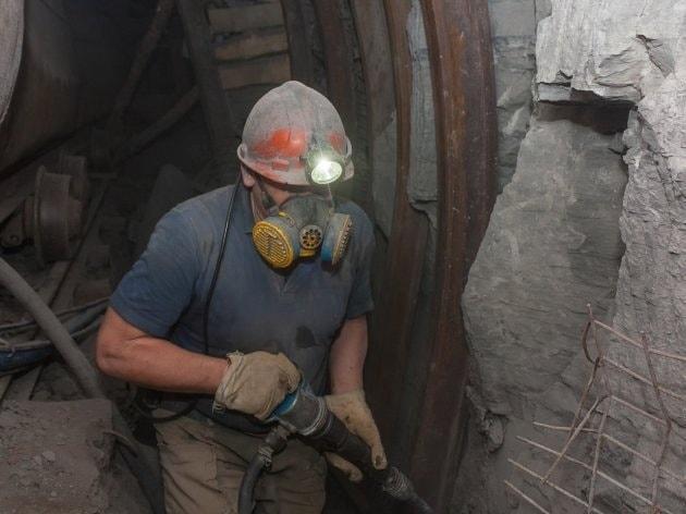Мицкоски за Денот на македонските рудари: Посакувам секој еден од вас да си го сочува своето работно место и започнеме да градиме иднина