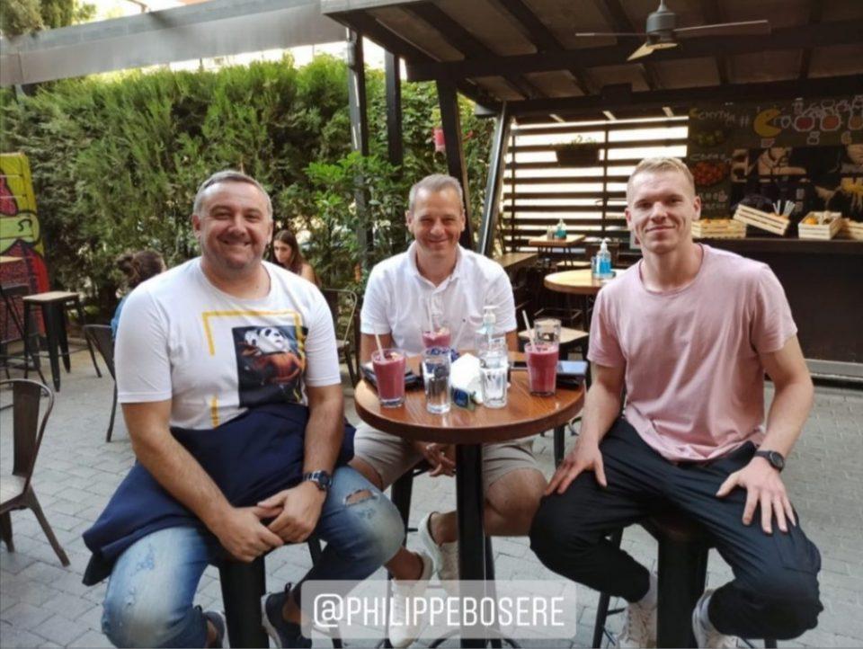 Францускиот голман, Робин Кантегрел испи кафе во Скопје