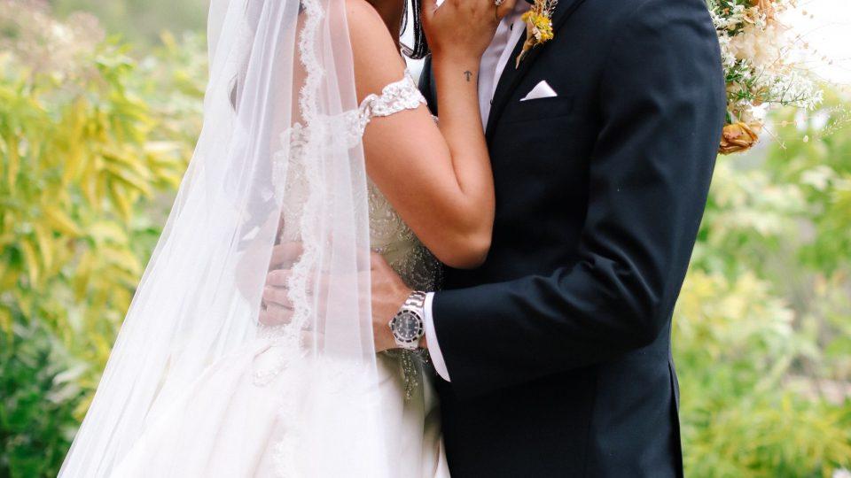Невеста под дејство на алкохол ги истепала мажот, свекрвата и кумот
