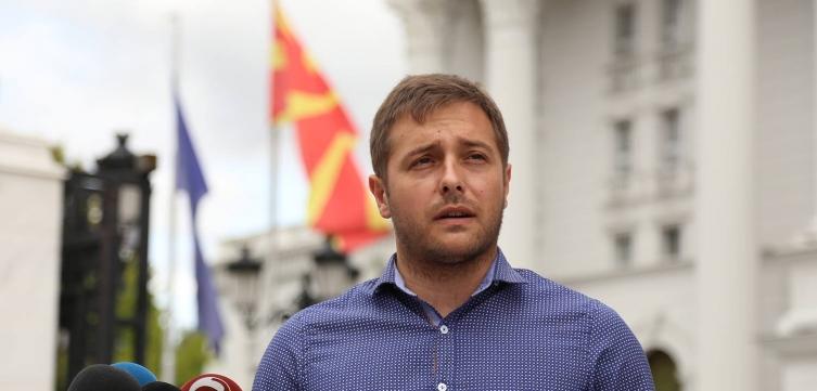 """Арсовски: """"Домат"""" дипломатијата и """"Кај си љубави те поздрави Зоки"""" не може да не однесат во ЕУ"""