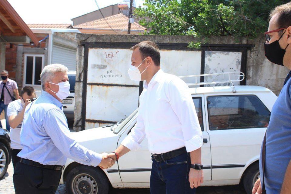 Јанушев со Иванов пред куќата на Рацин: Ќе се бориме за враќање на гордоста на Македонецот