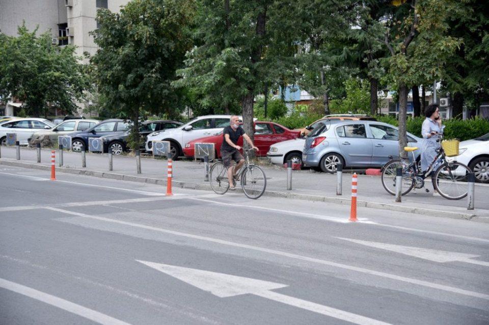 """Заврши изградбата на новата велосипедска патека на улицата """"Свети Кирил и Методиј"""""""