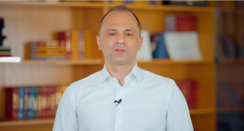 Филипче: Предложивме полициски час од среда, поради непочитување на мерките