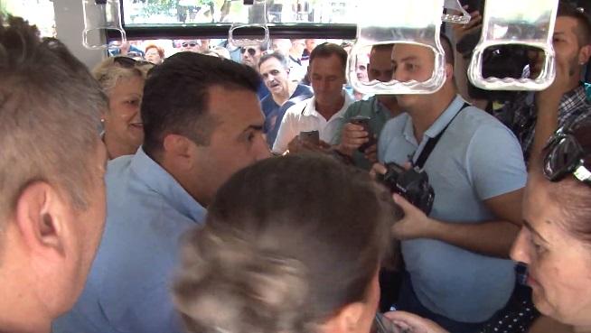 """Една година откако Заев """"благословуваше""""новите еко-автобуси во Прилеп, тие се во дефект и вон употреба"""