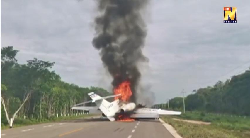 (ВИДЕО) Запален авион за транспорт на дрога во Мексико