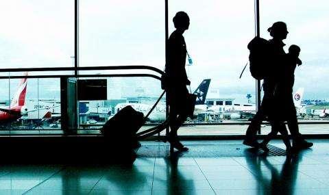Полицискиот час нема да важи за патниците кои доаѓаат или заминуваат од меѓународните аеродроми