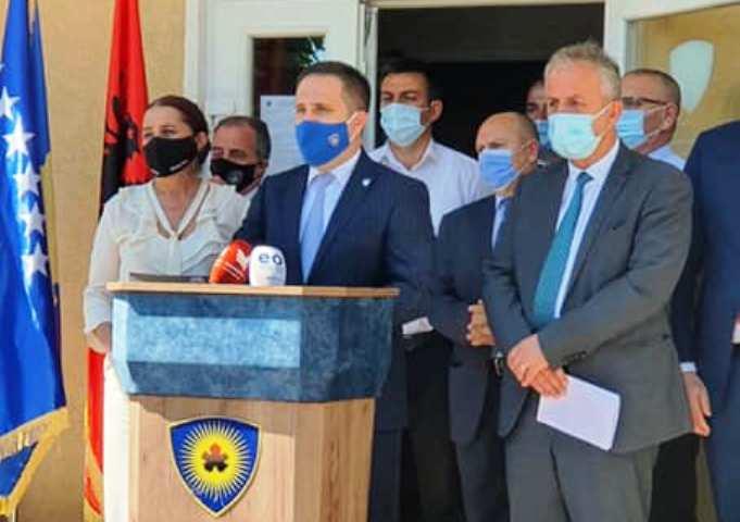 По премиерот на Косово и неговиот заменик позитивен на Ковид-19